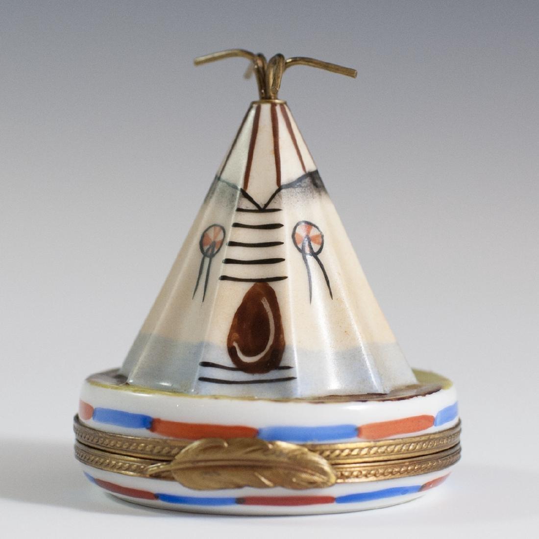 La Gloriette Limoges Porcelain Trinket Box