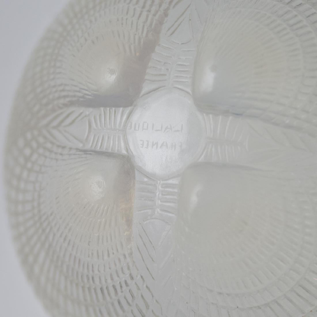 """Rene Lalique """"Coquilles No.2"""" Opaline Crystal Bowl - 3"""