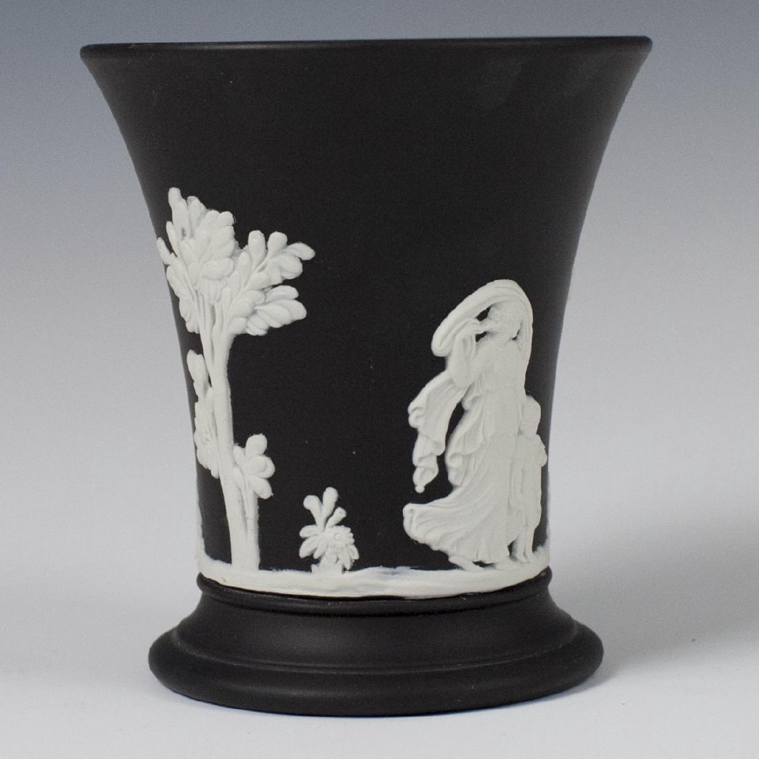 Wedgwood Black Jasperware Pencil Cup - 3