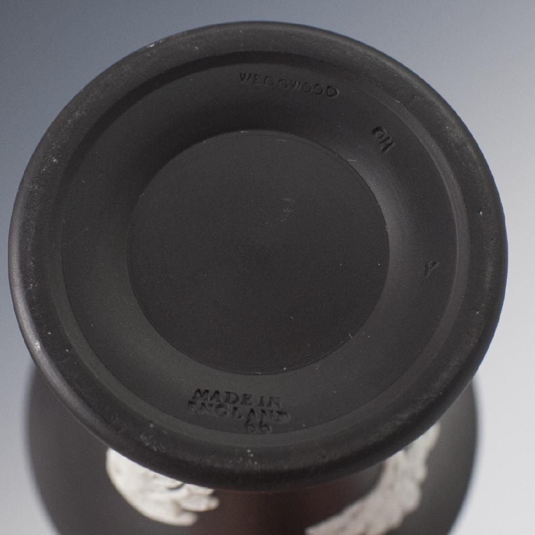 Wedgwood Black Jasperware Pencil Cup - 4