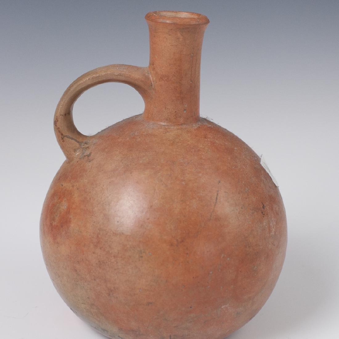 Pre-Columbian Mochica Earthenware Vessel - 2