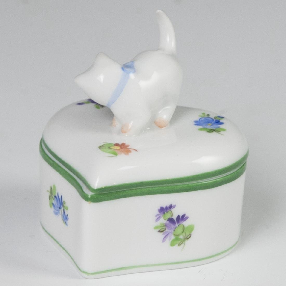 "Herend ""Lindsay""  Heart Shaped Trinket Box - 2"