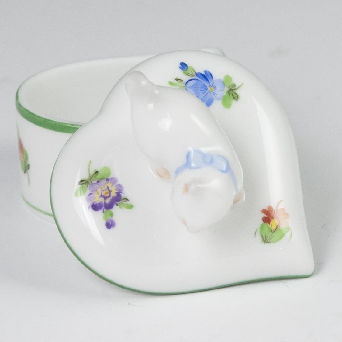 "Herend ""Lindsay""  Heart Shaped Trinket Box - 5"