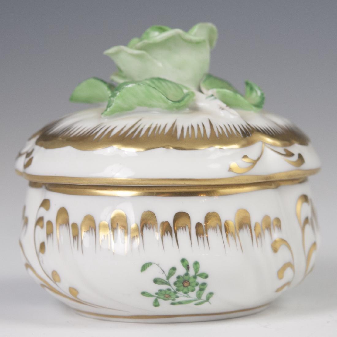 "Herend Porcelain ""Apponyi Verte"" Deckeldose"