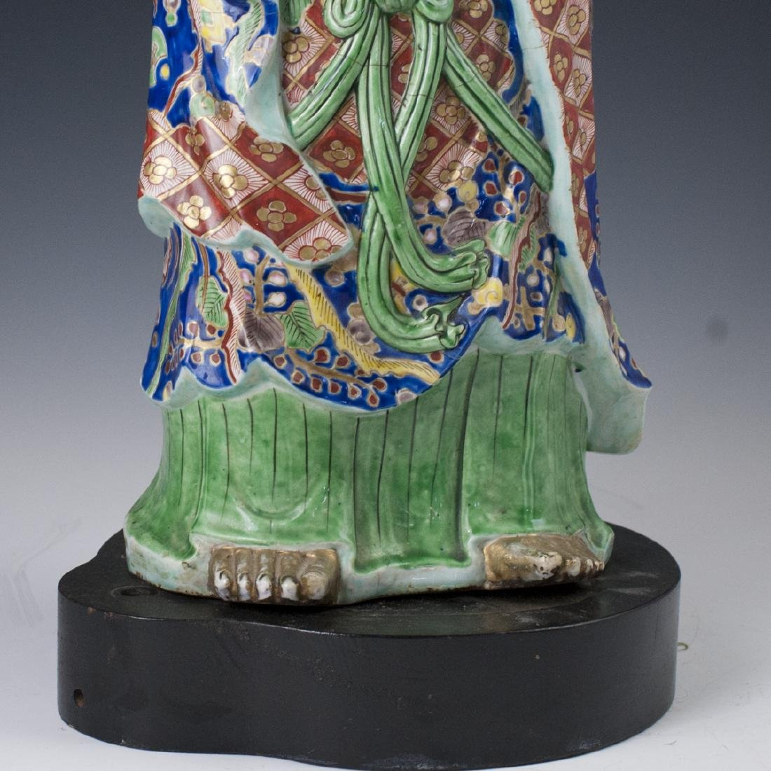 Antique Chinese Enameled Porcelain Guanyin - 4
