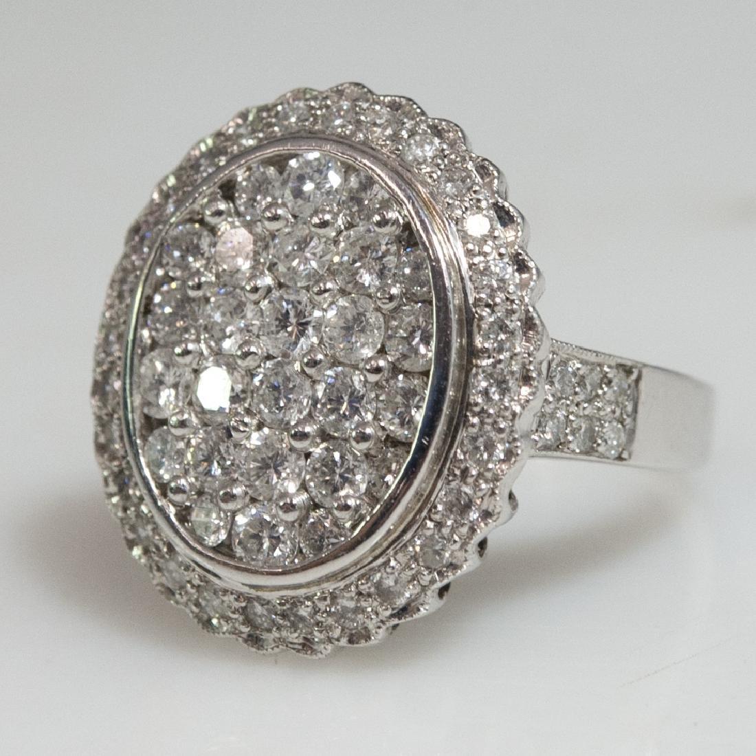 18kt Gold Diamond Ladies Ring - 2