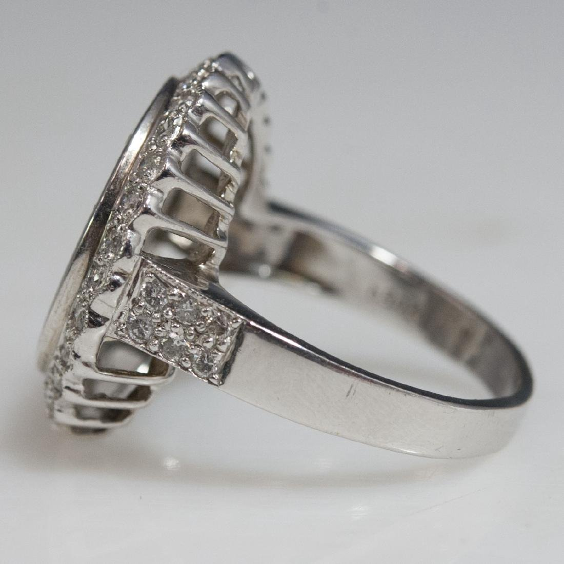 18kt Gold Diamond Ladies Ring - 4