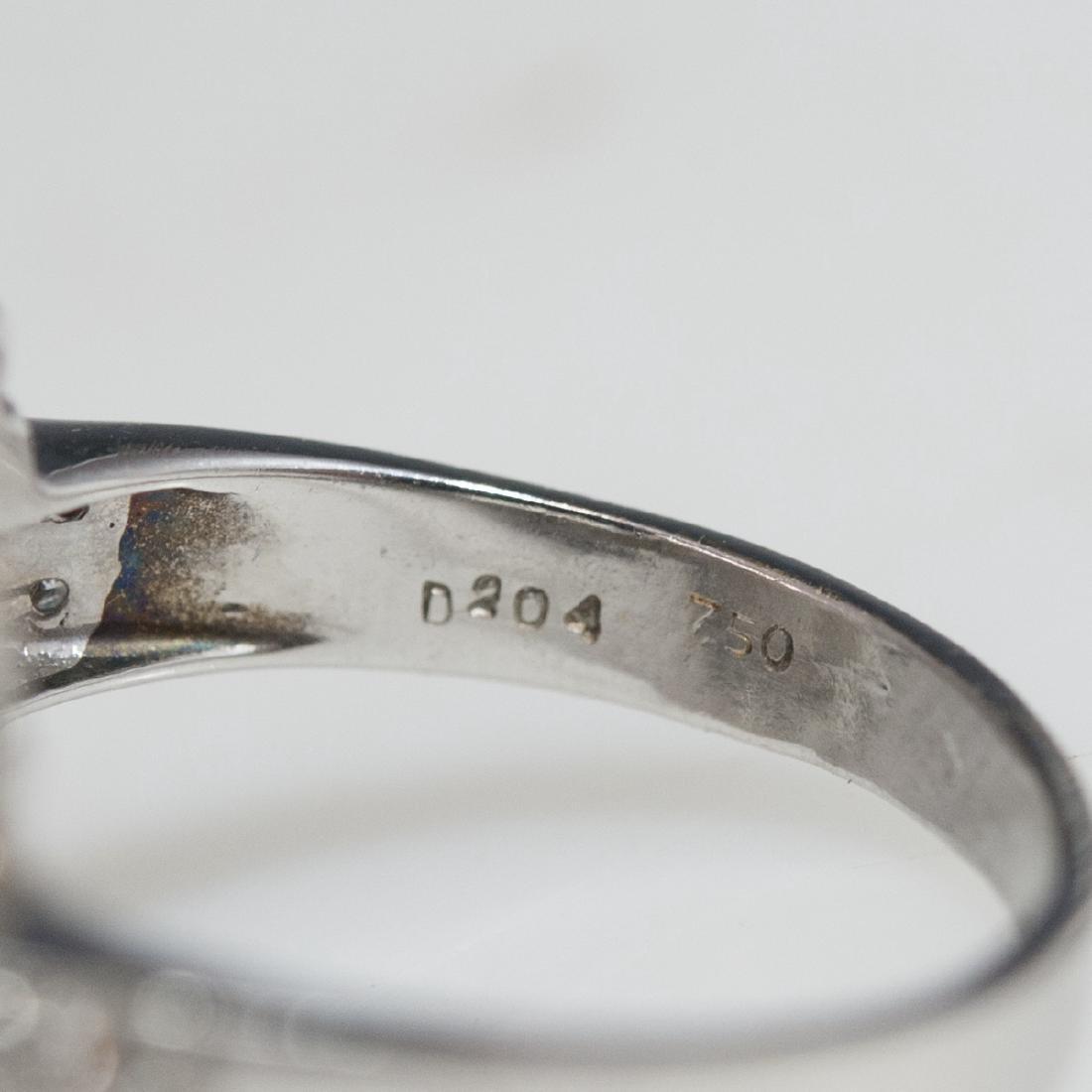 18kt Gold Diamond Ladies Ring - 5