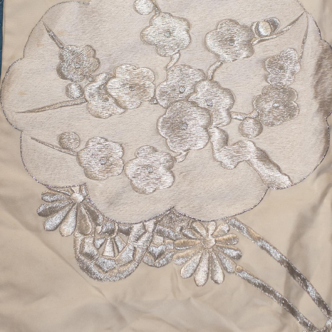 Vintage Japanese Silk Wedding Kimono - 3