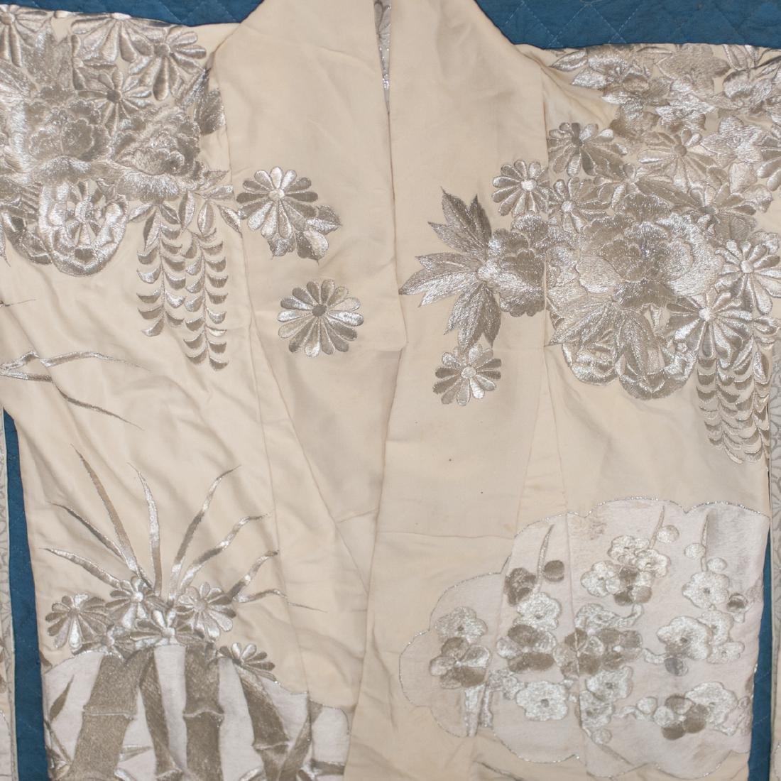 Vintage Japanese Silk Wedding Kimono - 4