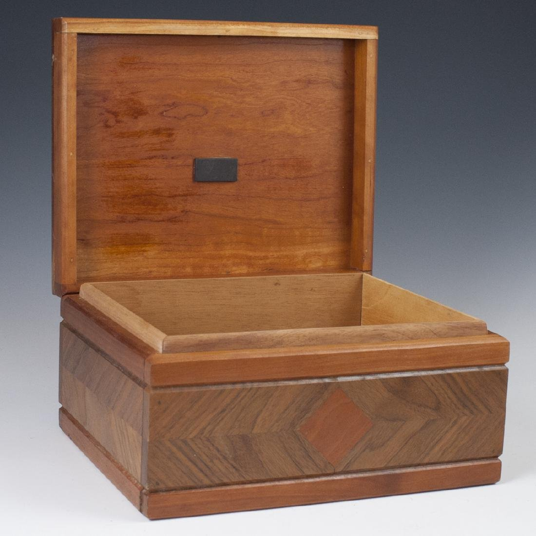Vintage Wooden Cigar Humidor - 3
