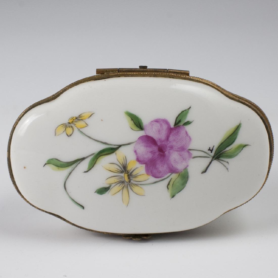 Limoges Porcelain Dresser Box - 2