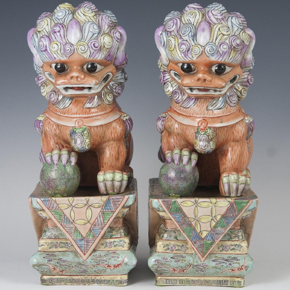 Chinese Famille Rose Porcelain Foo Dogs