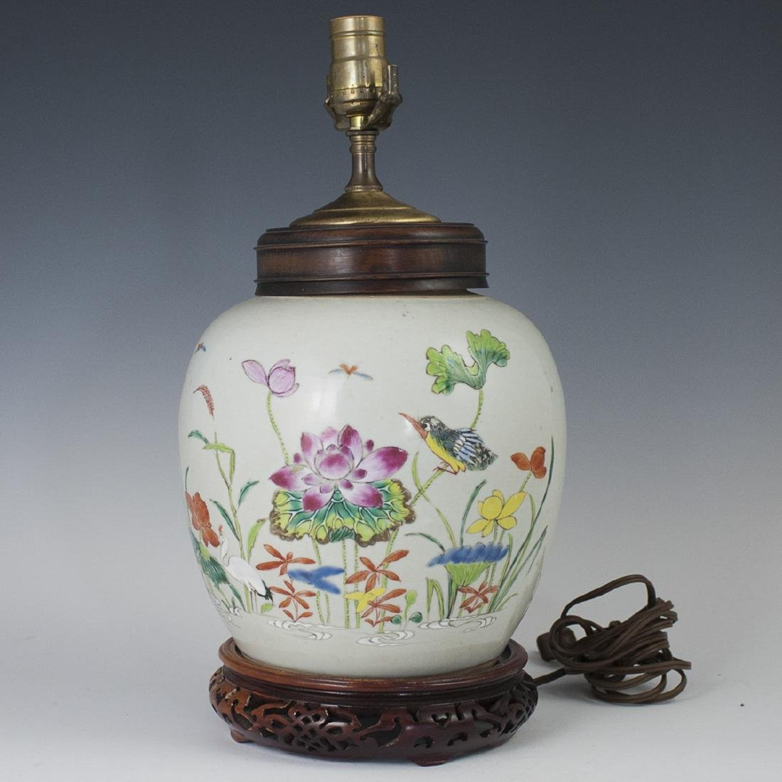 Chinese Porcelain Famille Rose Lamp