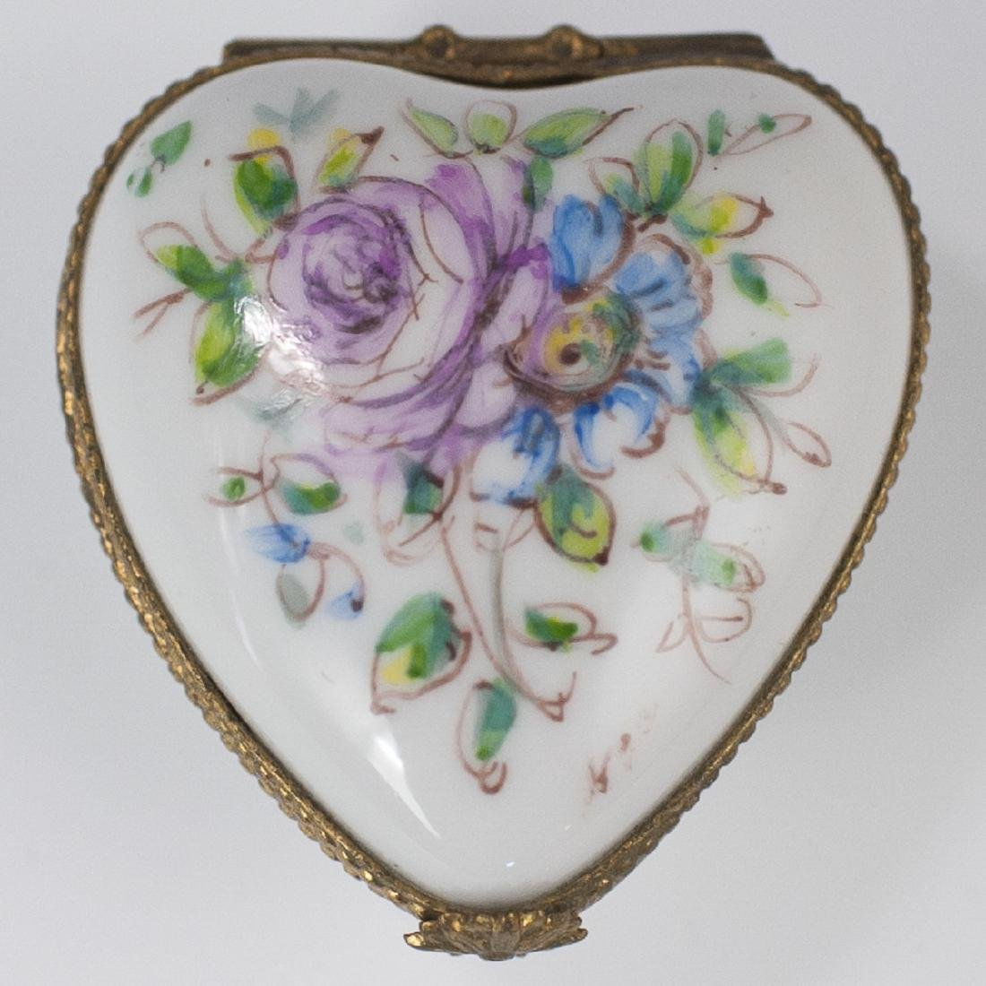 """""""Paris-Style"""" Limoges Porcelain Pill Box"""