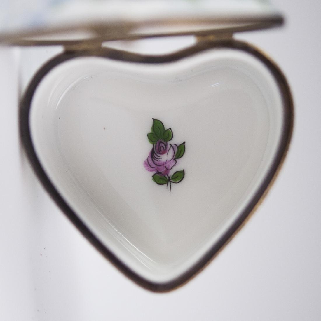 La Gloriette Porcelain Pill Box - 4
