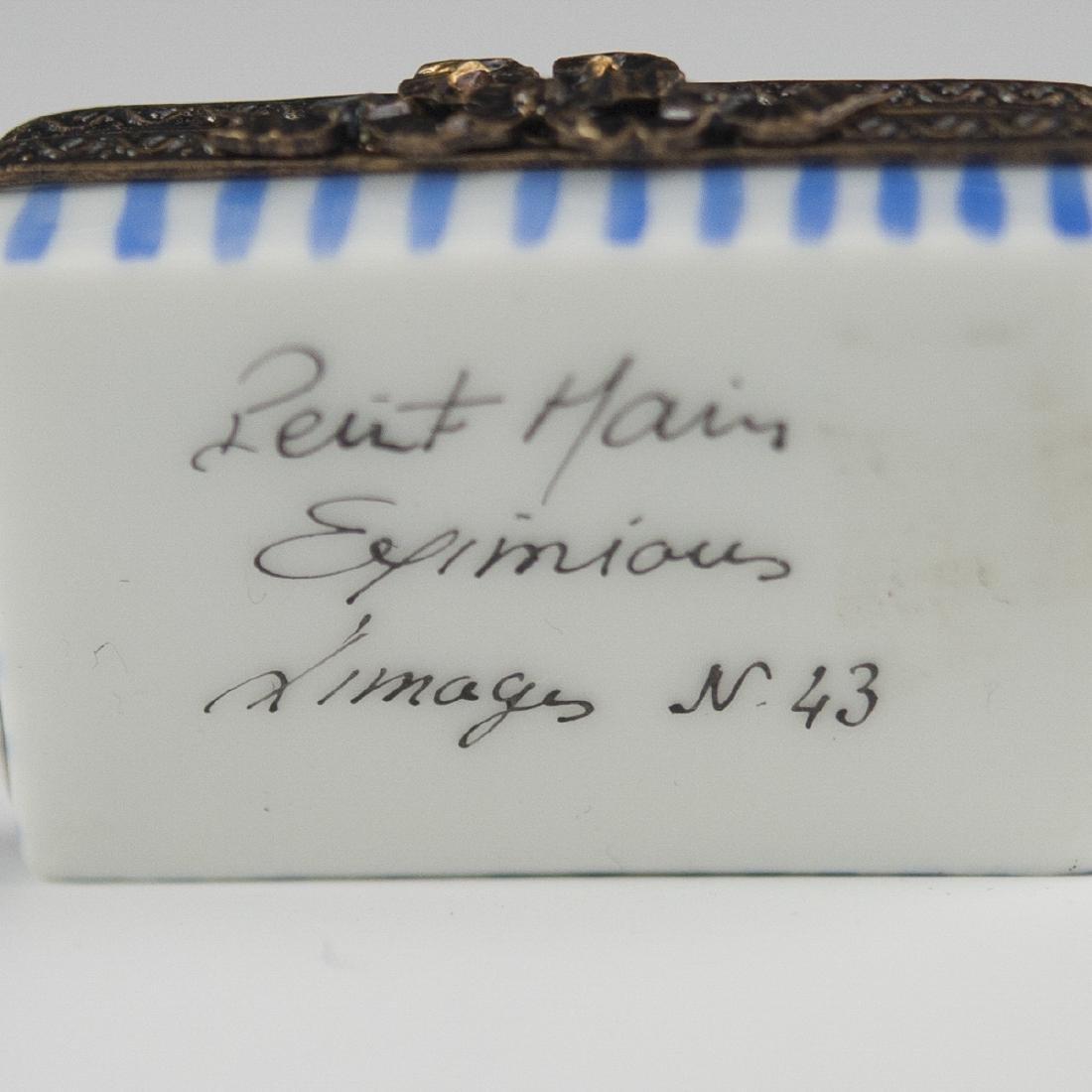 Eximious Limoges Porcelain Pill Box - 2