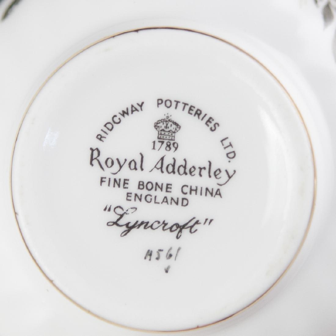 Vintage Porcelain Tea Cups - 4