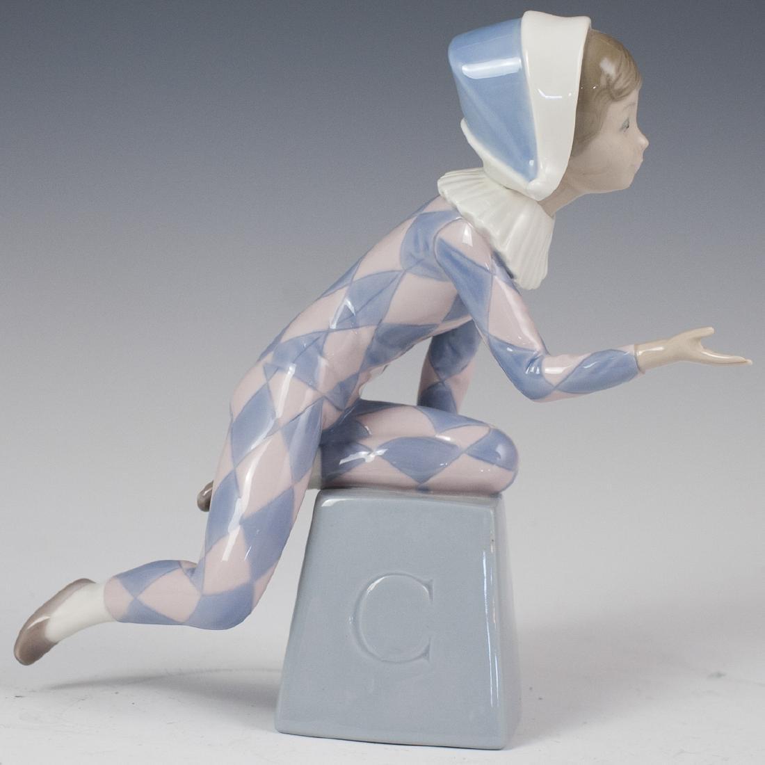 "Lladro Porcelain ""Harlequin C"" Figurine"