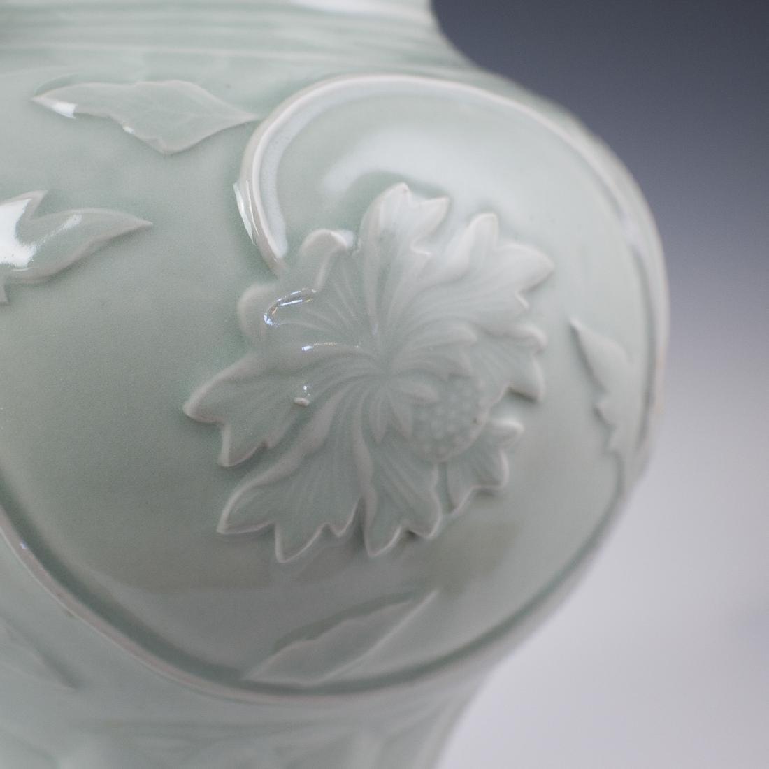 Chinese Celadon Ceramic Fengweizun Vases - 6