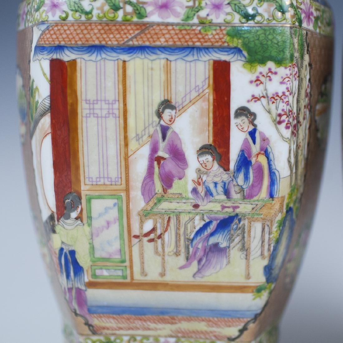 Chinese Rose Medallion Porcelain Vases - 4