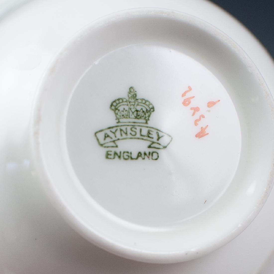 Vintage English Porcelain Teacups - 8
