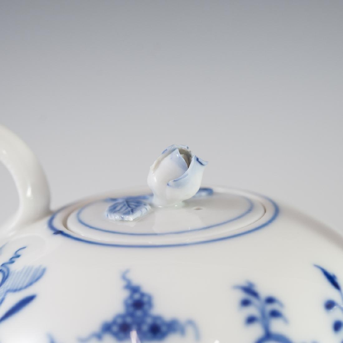 """Meissen """"Blue Onion"""" Porcelain Set - 4"""