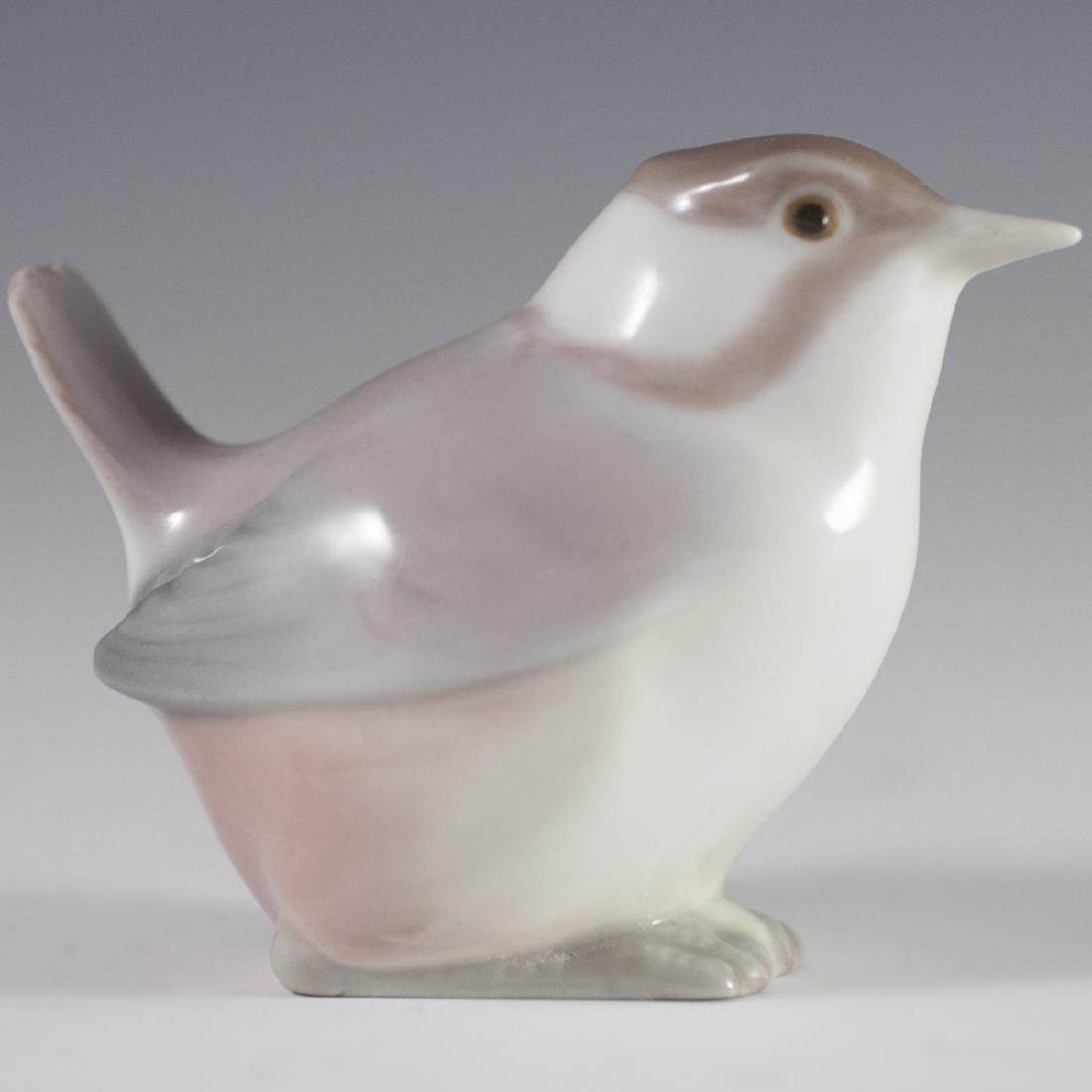 Lladro Porcelain Bird Figurine - 2