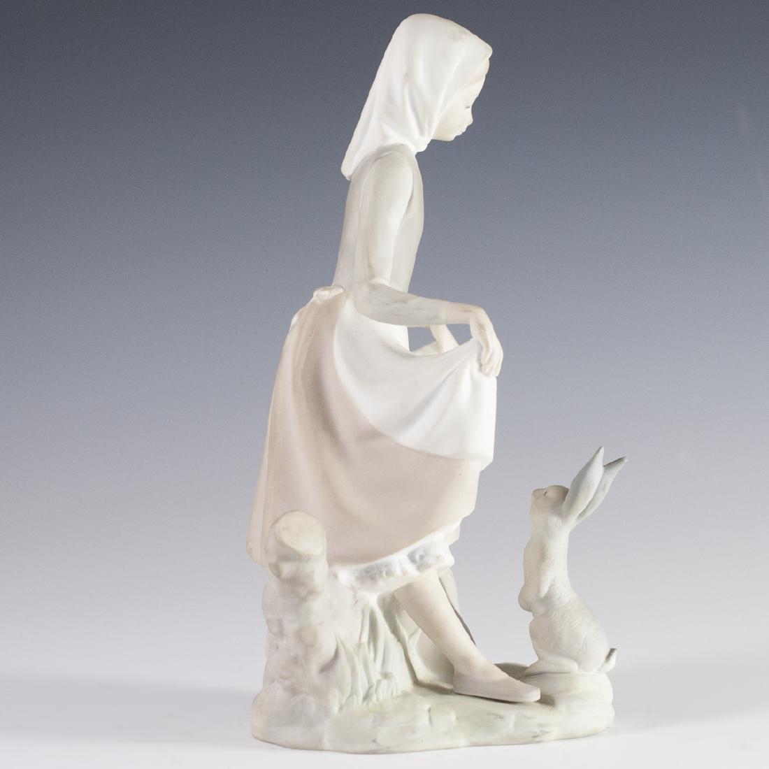 Lladro Porcelain Figurine - 2