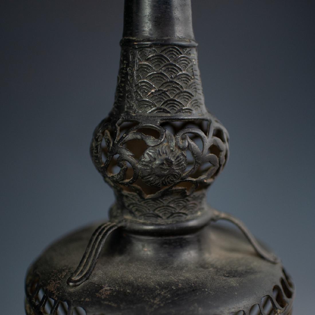 Japanese Bronze Altar Candlesticks - 4