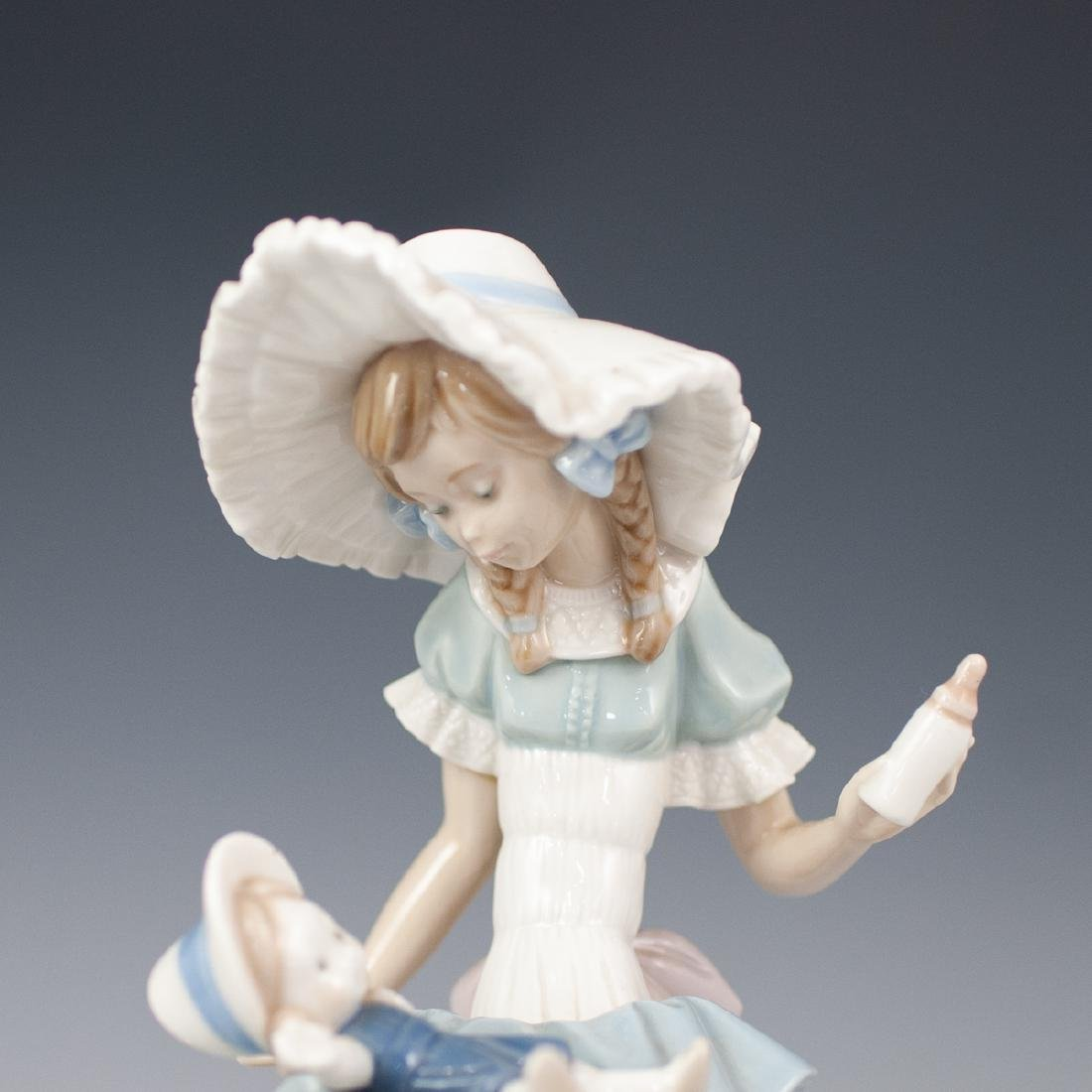 Pair Of Lladro Porcelain Figurines - 2