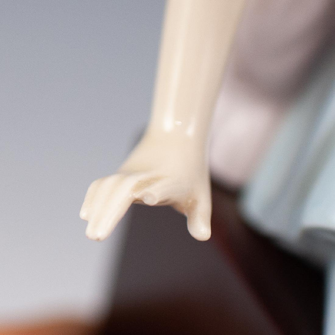 Pair Of Lladro Porcelain Figurines - 4