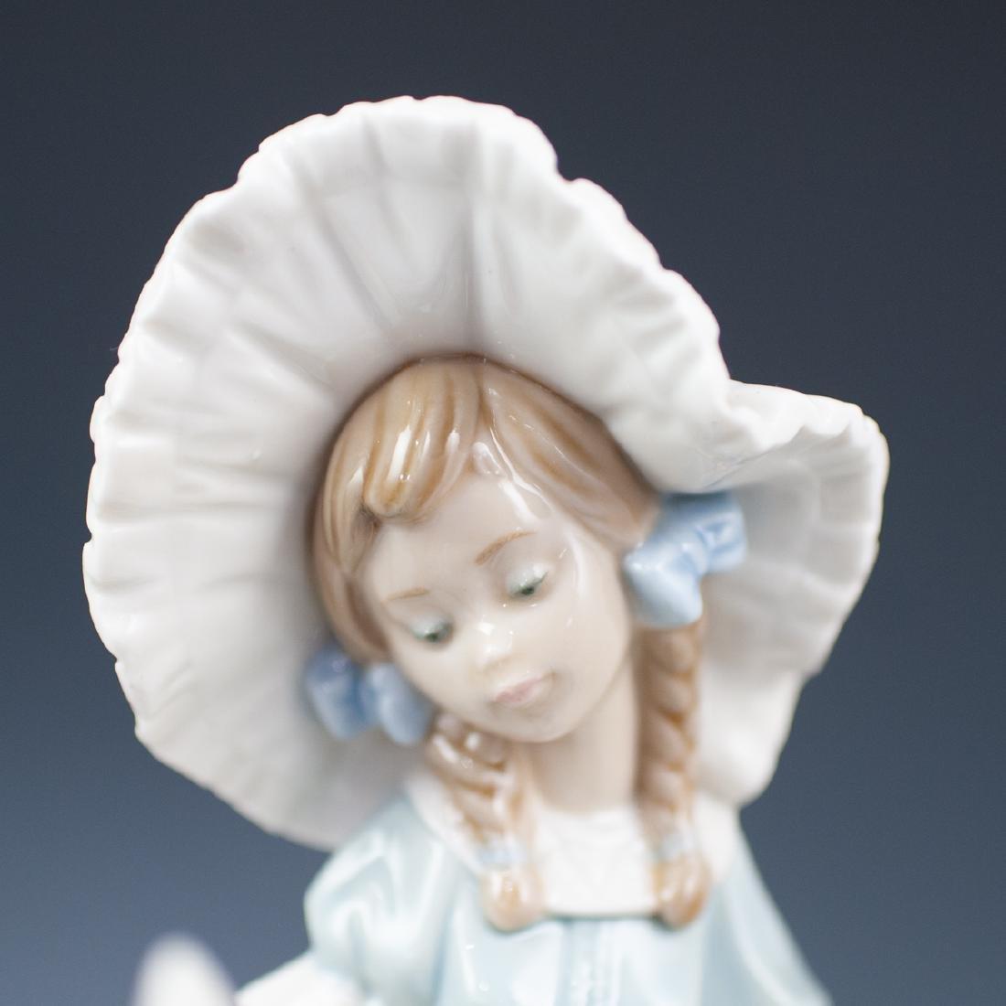 Pair Of Lladro Porcelain Figurines - 5
