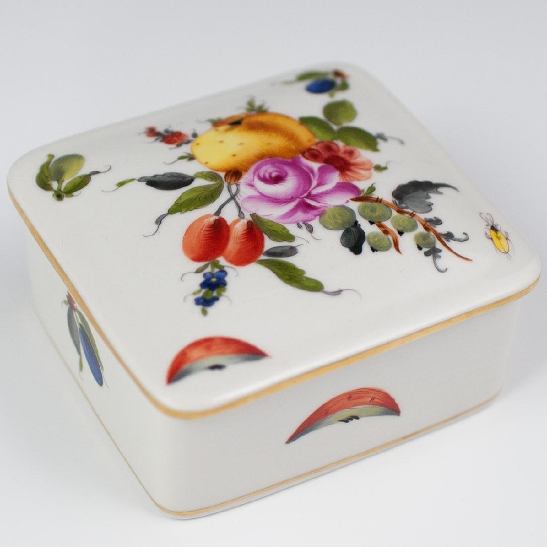 """Herend Porcelain """"Fruits & Flowers"""" Box"""