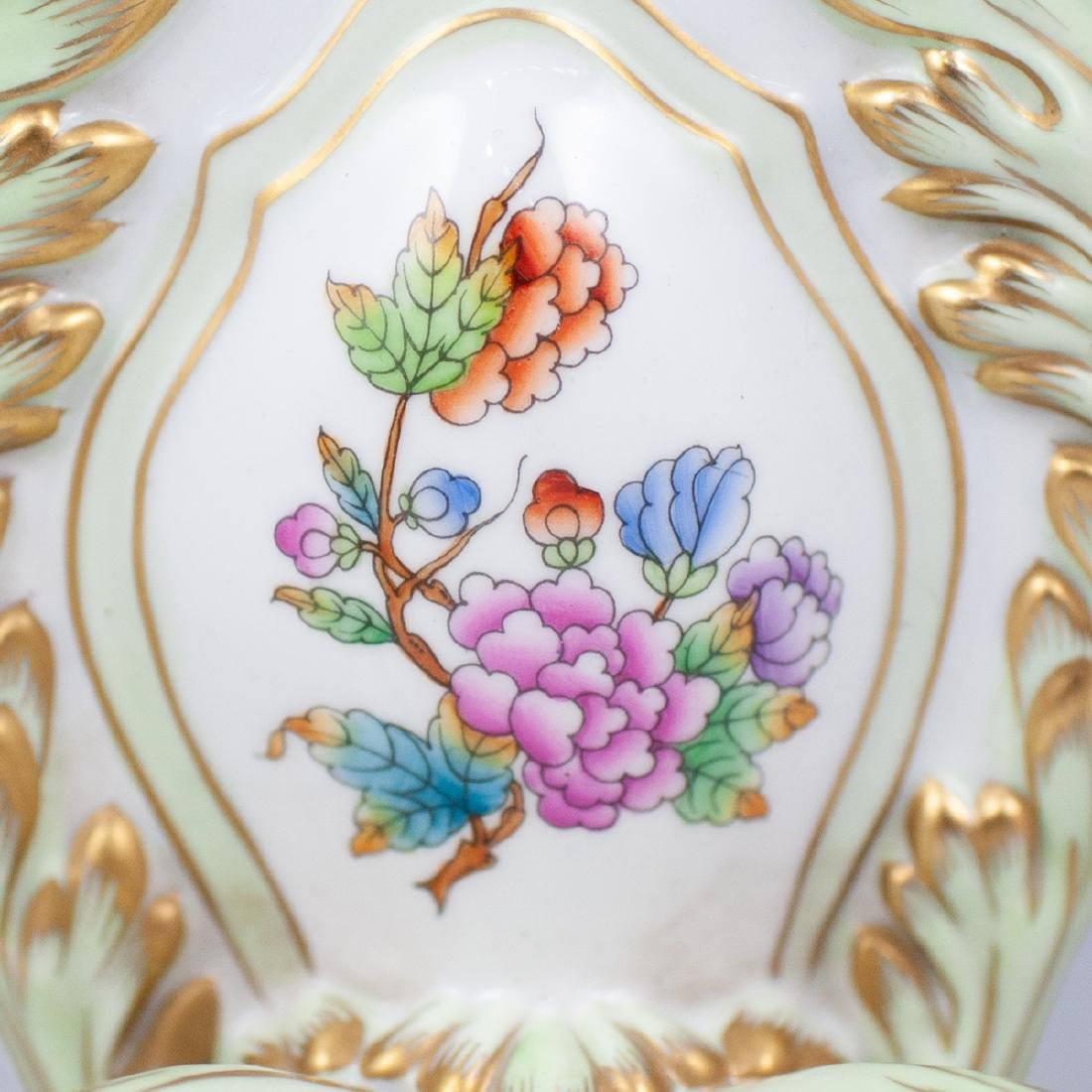 "Herend Porcelain ""Queen Victoria"" Sconce - 2"
