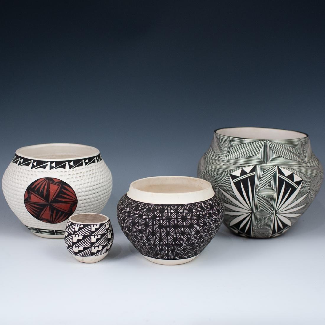 (4 Pc) Lot Of Vintage Acoma Pottery