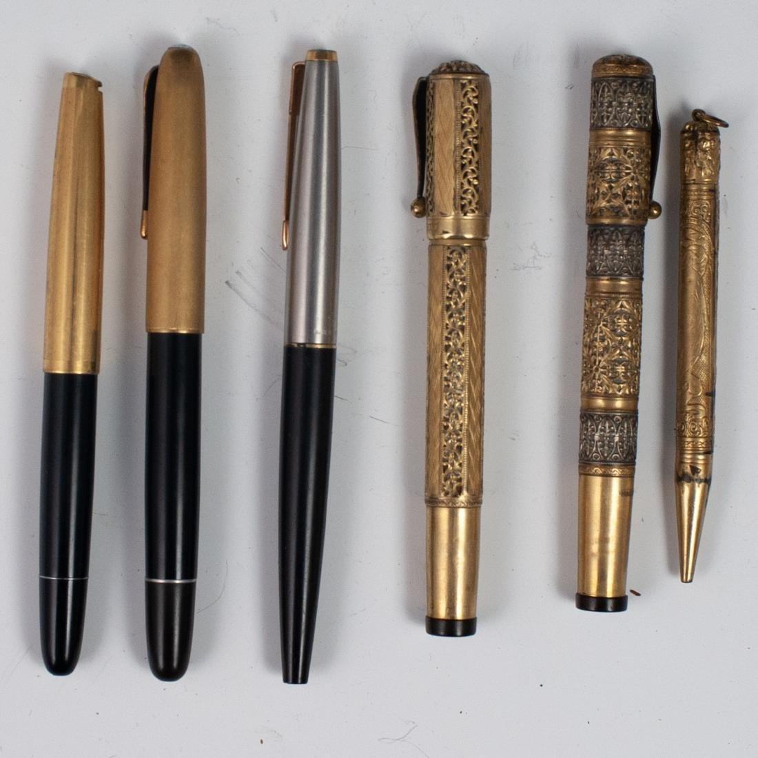 (6 Pc) Collection Of Pens & Case - 3