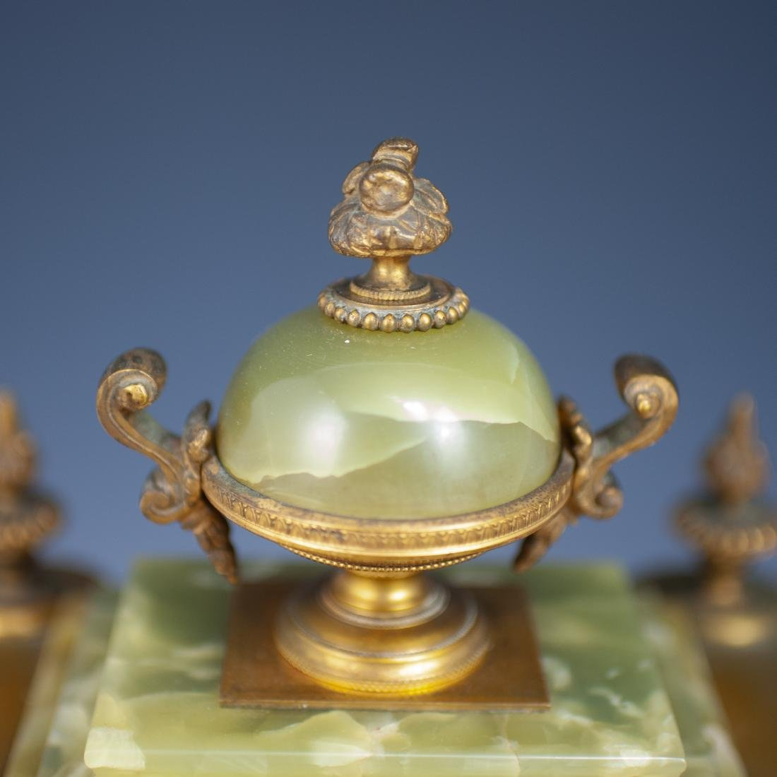 French Bronze & Onyx Clock - 2