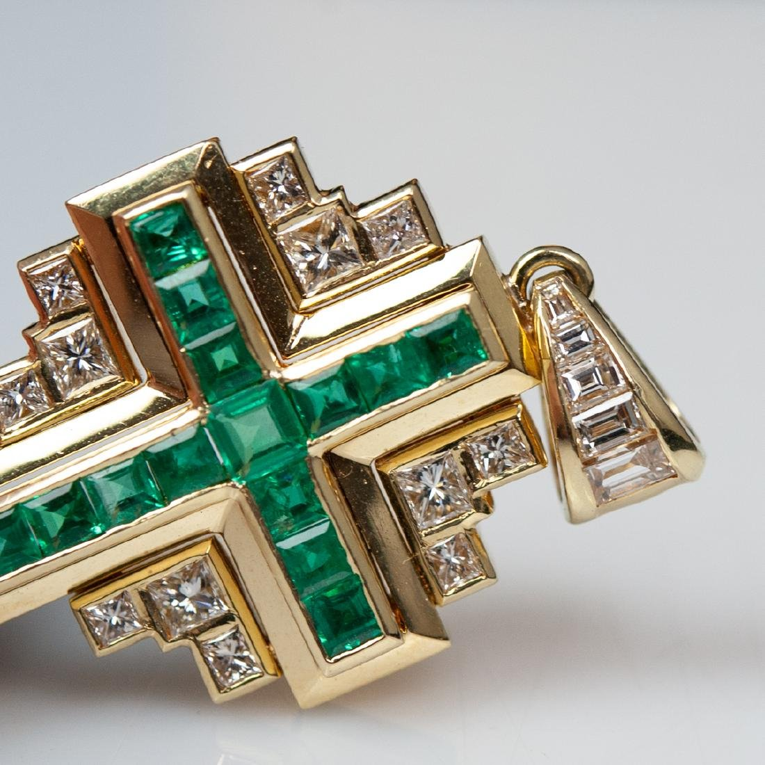 18kt Gold Emerald & Diamond Cross Pendant - 2