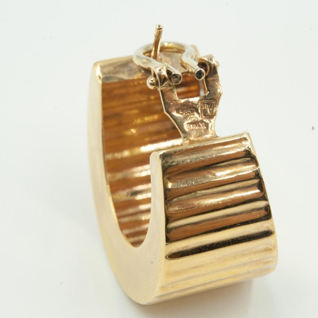 Gold & Diamond Jewelry Set - 3