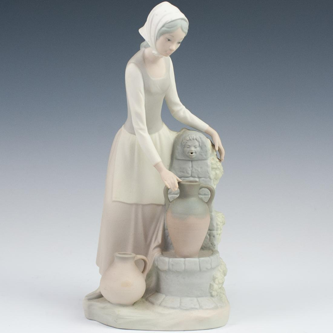 """Lladro Bisque """"Lady By the Well"""" Figurine"""