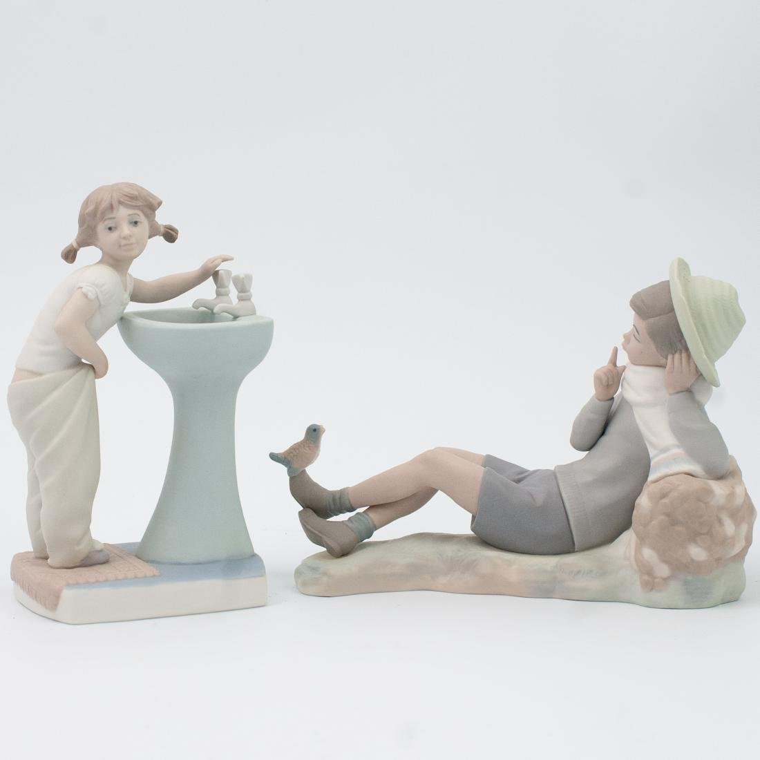 Lot of Two (2) Lladro Porcelain Figurines