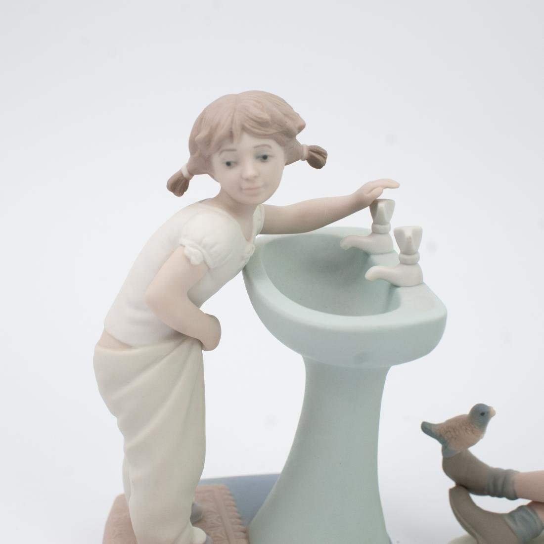 Lot of Two (2) Lladro Porcelain Figurines - 2