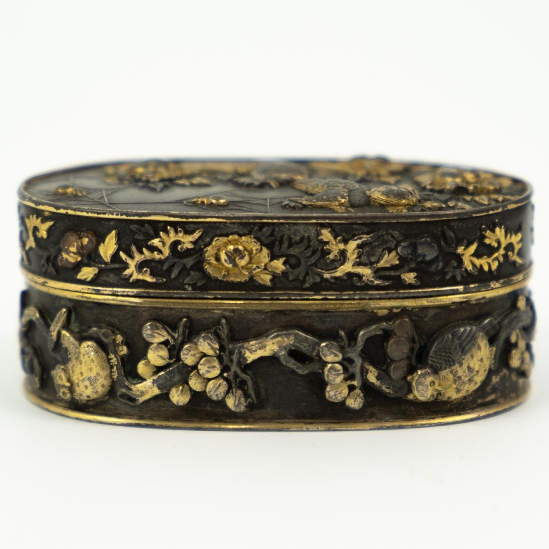 Japanese Meiji Period Bronze and Gold Box - 3