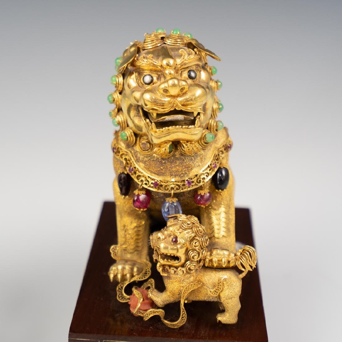 14K Solid Gold and Precious Stone Foo Dog - 5