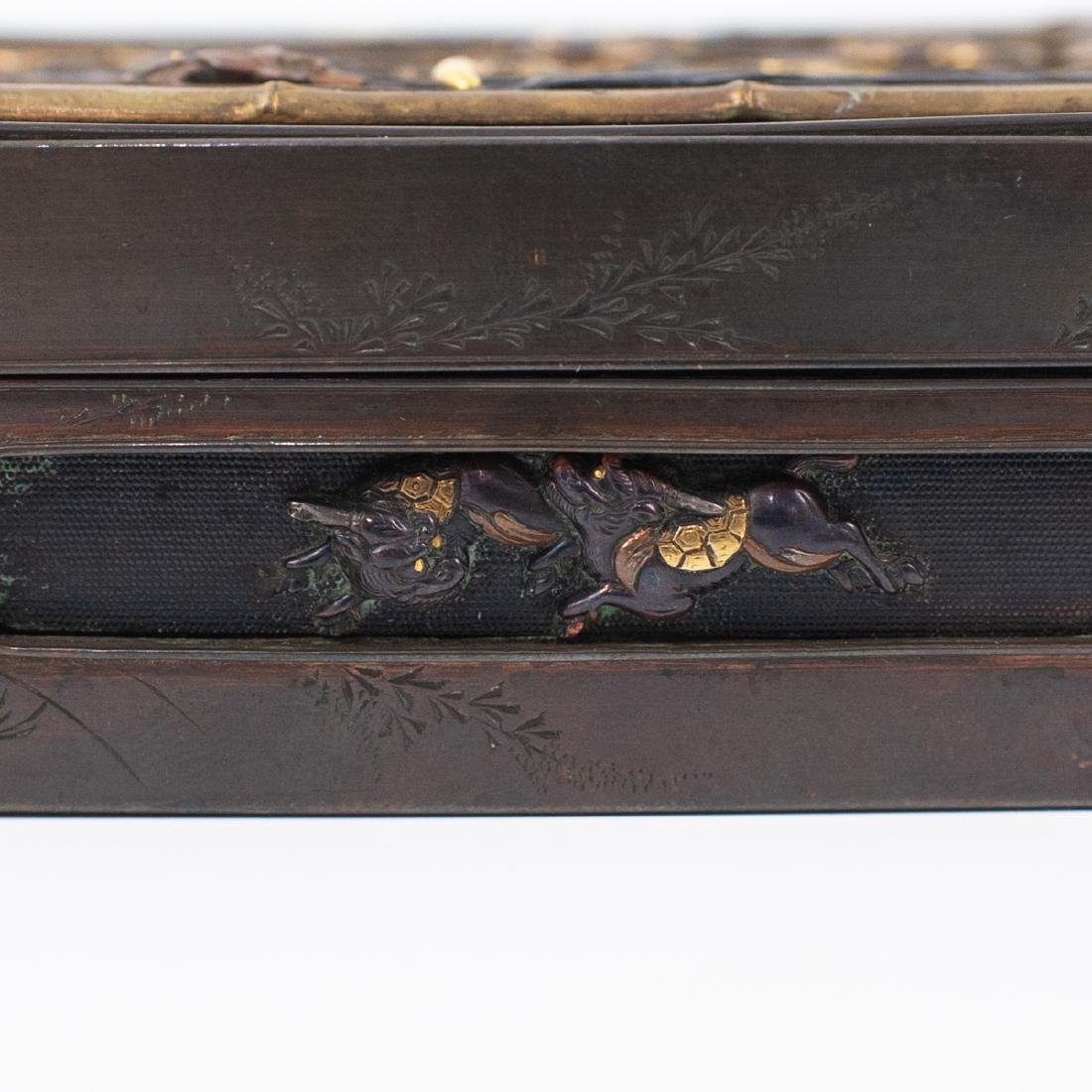 Japanese Meji Period Inlaid Bronze Box - 3
