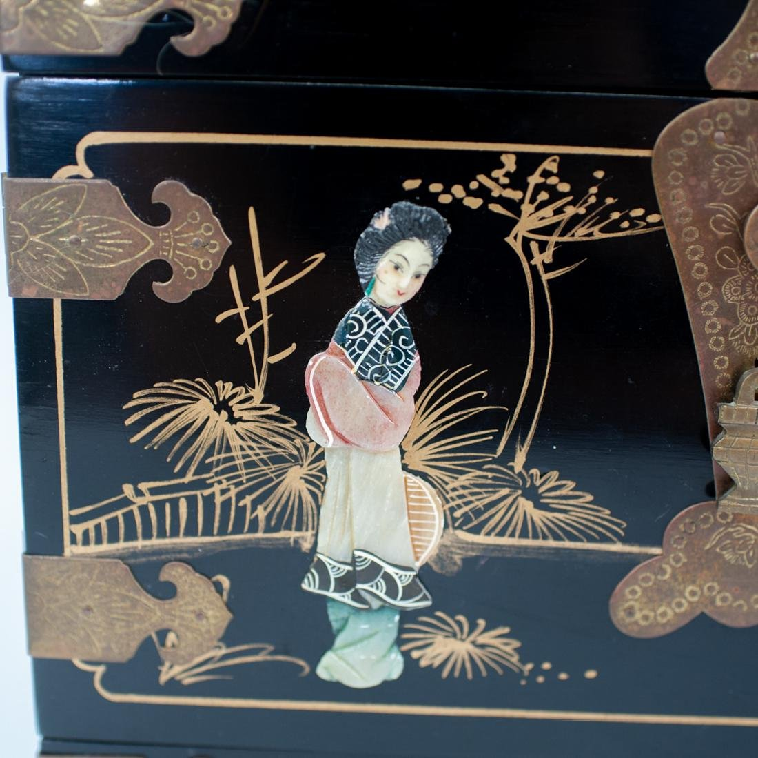 Antique Asian Lacquered Jewelry Box - 2