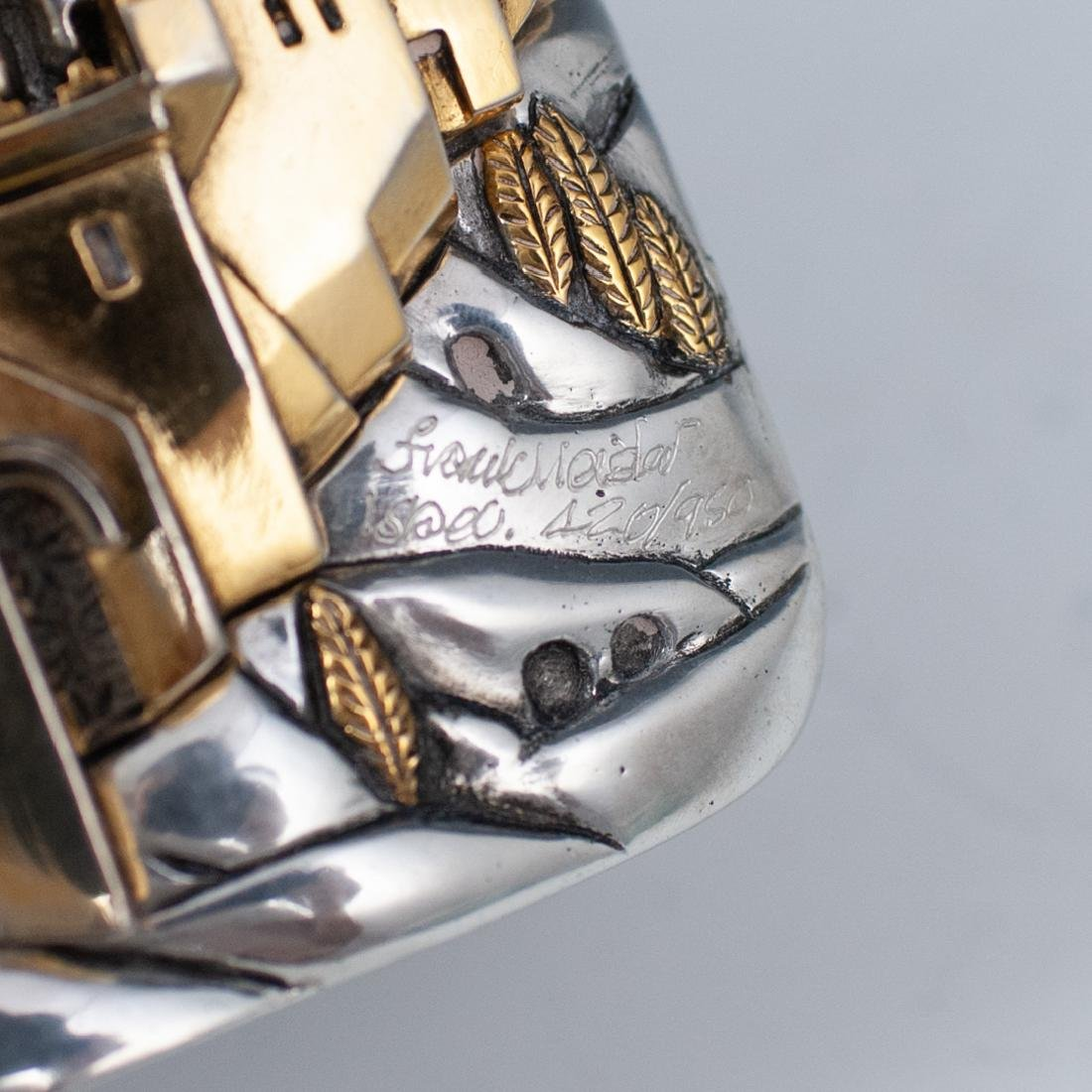 """Frank Meisler Silver Plated """"Pray For Peace"""" Box - 5"""