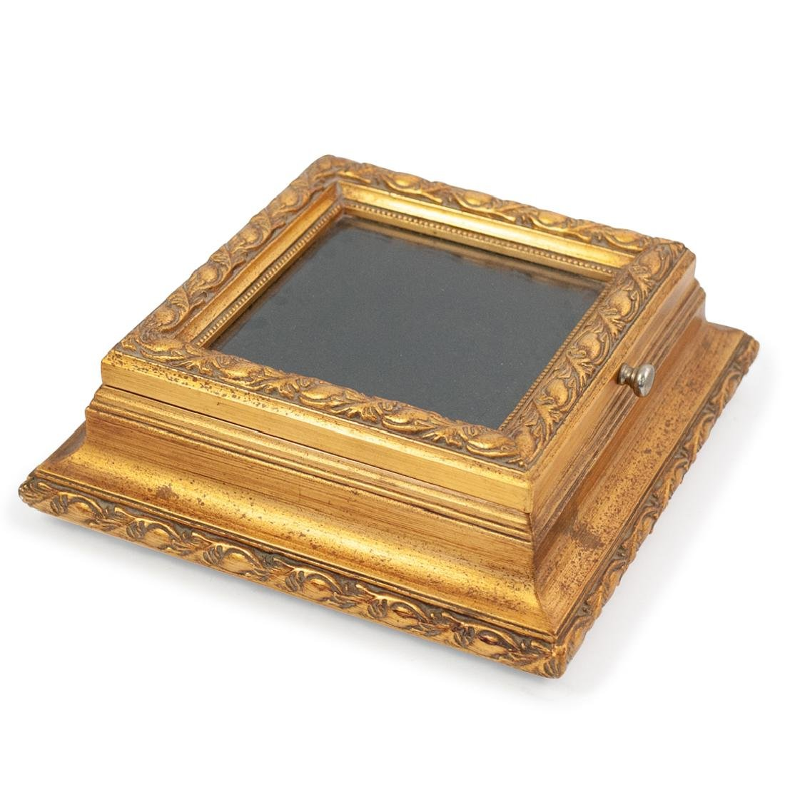 Carved Giltwood and Mirror Box - 3