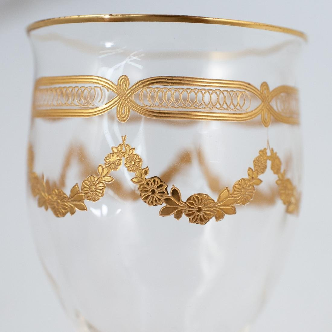 (89 Pc) Crystal and Gilt Decorated Glassware - 3